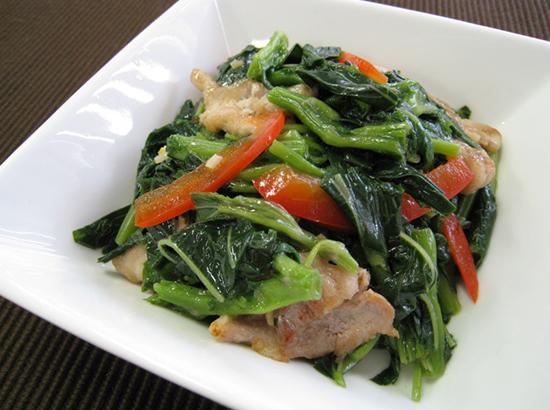 モロヘイヤと豚肉の炒め物