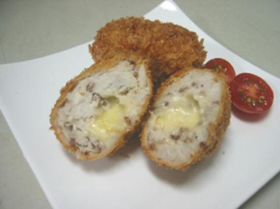 里芋のチーズコロッケ