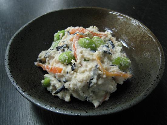 枝豆とひじきの白和え