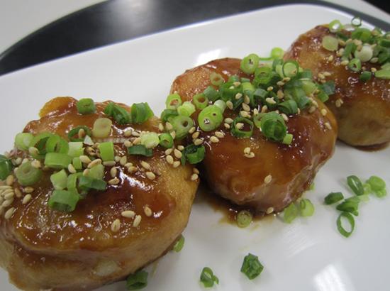 里芋もち(醤油味)